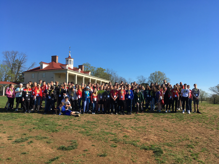 8th grade students at George Washington's home in Mount Vernon.